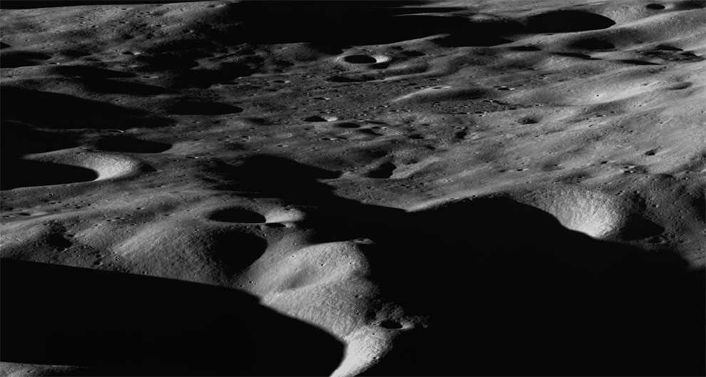 LolliTop: Images from the Lunar Reconnaissance Orbiter